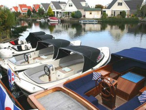 1_Boote1000x750